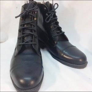 Lace Up, Black Eddie Bauer Italian Made *